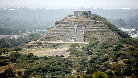 Piramide-niu-450