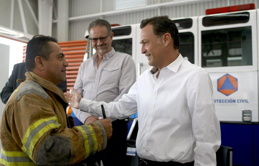 Entrega camión de bomberos (1)