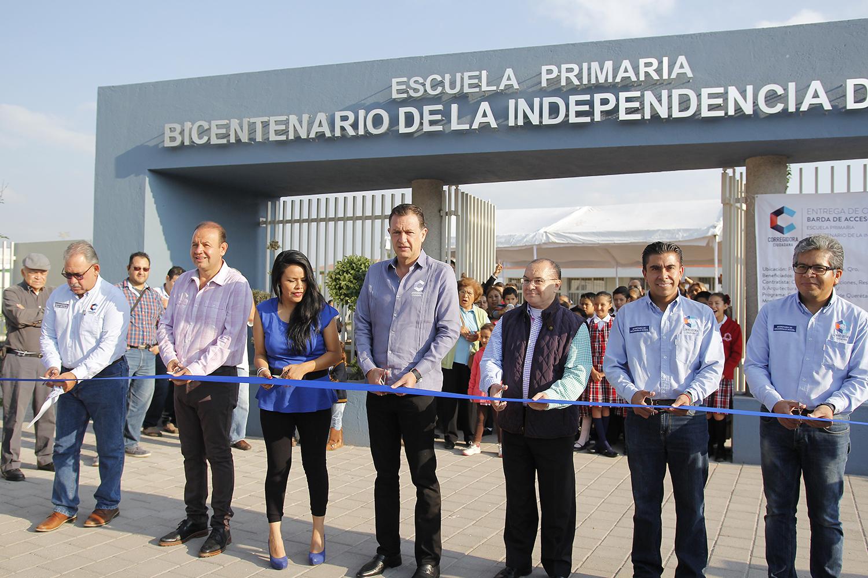 Entrega de obra-primaria Bicentenario (1)